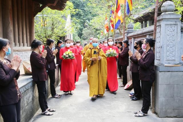 Lễ tắm Phật ở di sản thế giới Tràng An - 1
