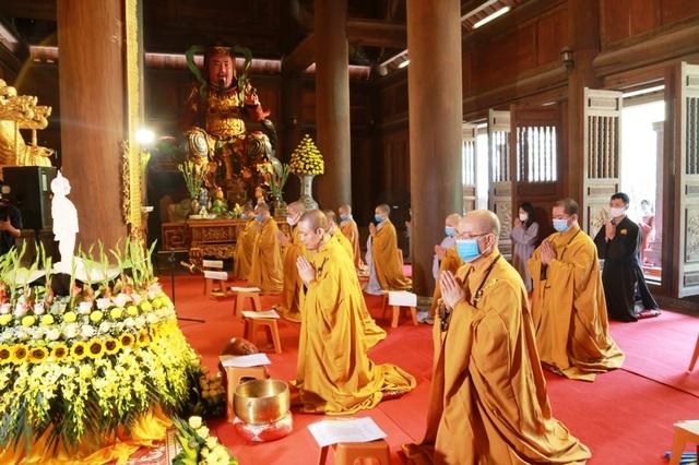 Lễ tắm Phật ở di sản thế giới Tràng An - 3