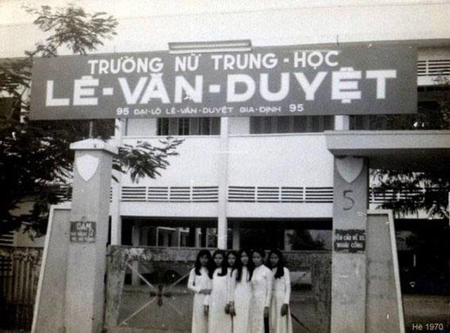 NSND Kim Xuân trải lòng về một thời tuổi trẻ gắn bó với Sài Gòn - 4