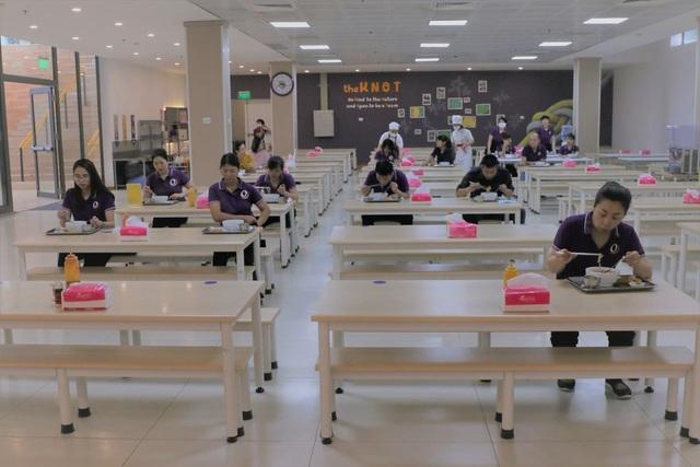 Hà Nội: Phụ huynh lo lắng vì nhiều trường học một buổi, không ăn bán trú - 1