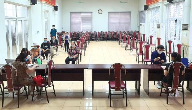 Đầu tháng 5, Hà Nội chi trả tới nhóm người lao động từ gói 62.000 tỷ đồng - 1