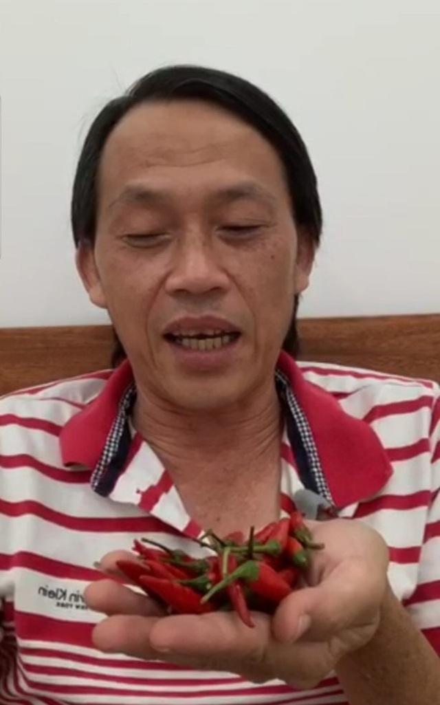 """Hoài Linh tiết lộ về cuộc sống """"ẩn cư"""" trong thời gian dài - 5"""