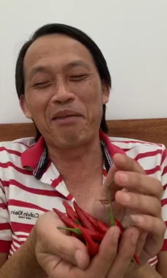 """Hoài Linh tiết lộ về cuộc sống """"ẩn cư"""" trong thời gian dài - 6"""