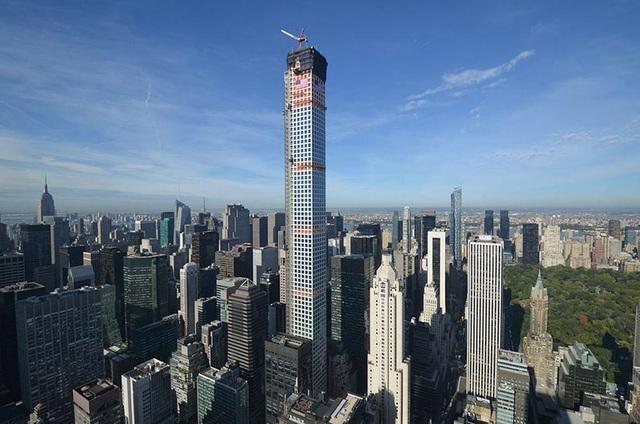 Cuộc sống xa xỉ trong căn penthouse 1.900 tỷ tại chung cư cao nhất New York - 1