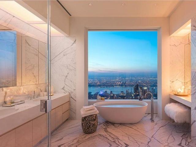 Cuộc sống xa xỉ trong căn penthouse 1.900 tỷ tại chung cư cao nhất New York - 9