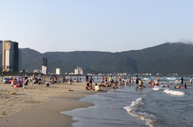 Đà Nẵng: Chỉ có 15% cơ sở lưu trú hoạt động, khách du lịch dịp lễ giảm mạnh - 1