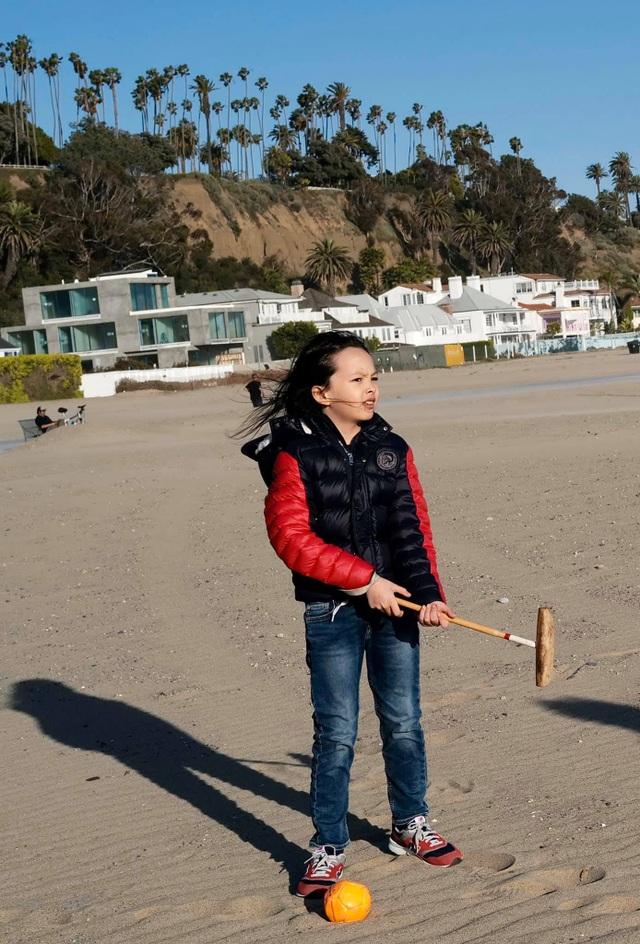 Cuộc sống bình yên của Diva Hồng Nhung cùng cặp song sinh tại biệt thự ở Mỹ - 19