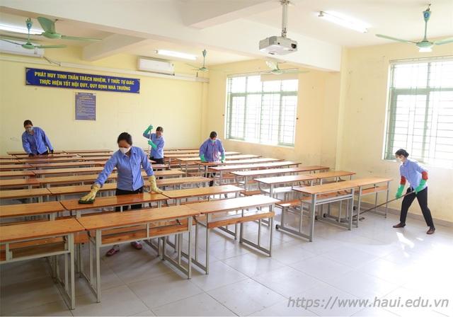 ĐH Công nghiệp Hà Nội dành tiết học đầu giờ hướng dẫn SV kê khai y tế - 3