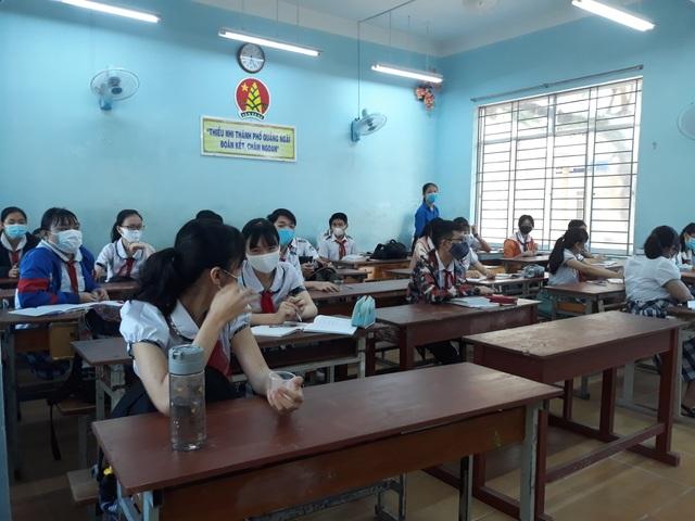 Hàng triệu học sinh đi học trở lại, nhà trường tích cực phòng ngừa dịch - 10