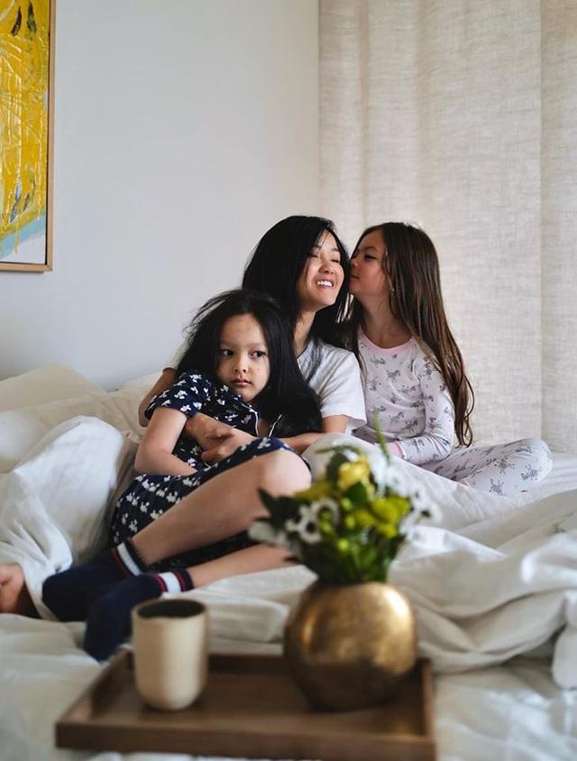 Cuộc sống bình yên của Diva Hồng Nhung cùng cặp song sinh tại biệt thự ở Mỹ - 6