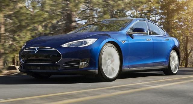 Tesla Model S rút ngắn thời gian tăng tốc nhờ một cập nhật phần mềm - 1