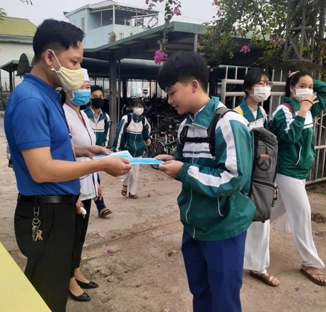 Hàng triệu học sinh đi học trở lại, nhà trường tích cực phòng ngừa dịch - 6