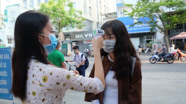 Đà Nẵng: Trừ giờ ra chơi, không bắt buộc học sinh đeo khẩu trang - 1