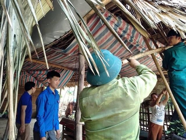 Cận cảnh trận lốc xoáy càn quét bản làng xứ Nghệ - 18