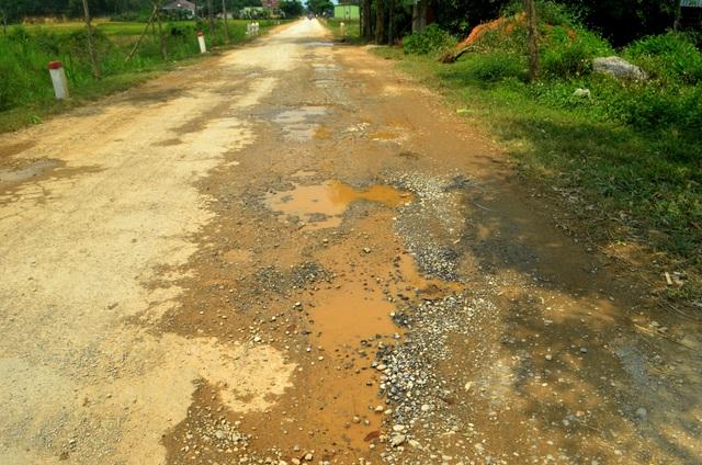 Nghệ An: Quốc lộ xuống cấp thê thảm, rình rập tính mạng người dân - 8