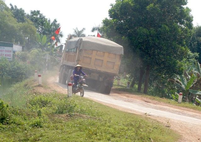 Nghệ An: Quốc lộ xuống cấp thê thảm, rình rập tính mạng người dân - 10