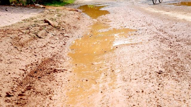 Nghệ An: Quốc lộ xuống cấp thê thảm, rình rập tính mạng người dân - 2