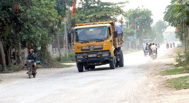 Nghệ An: Quốc lộ xuống cấp thê thảm, rình rập tính mạng người dân - 9