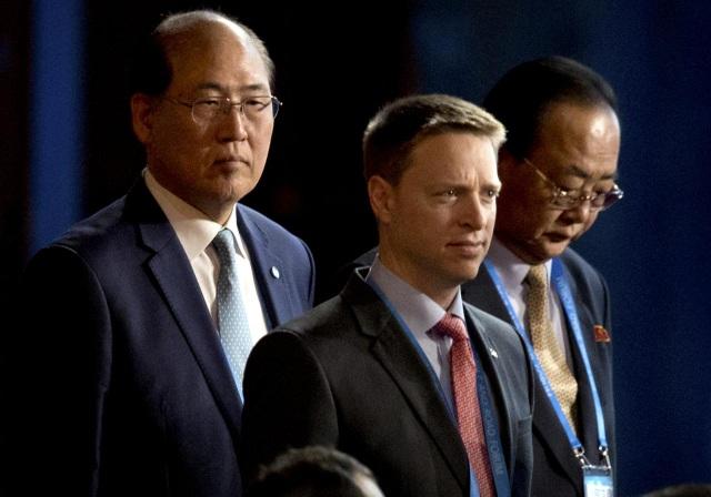 Cựu phóng viên đứng sau chính sách cứng rắn của Mỹ với Trung Quốc - 1