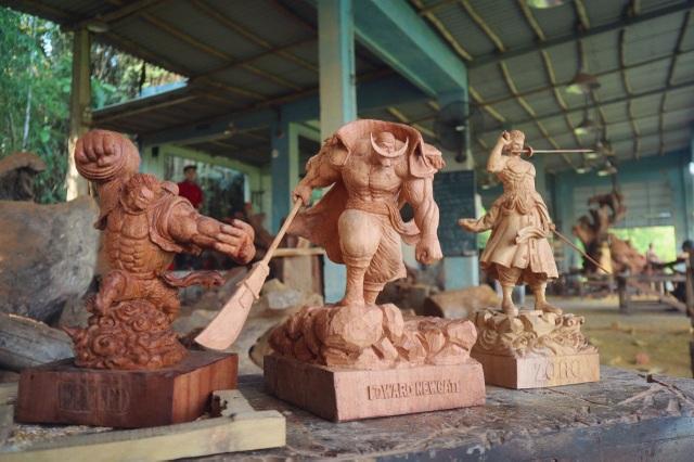 """Siêu nhân sinh ra từ gỗ: Khối """"vàng ròng"""" của 9x Quảng Nam - 4"""