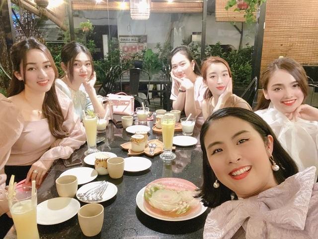Hoa hậu Ngọc Hân, Đỗ Mỹ Linh cùng dàn mỹ nhân hậu cách ly xã hội - 1