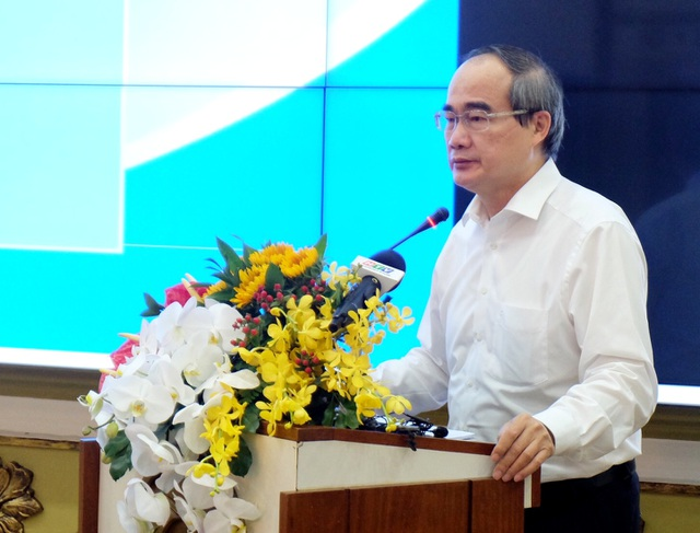 """Bí thư TPHCM: Chi phí thử Covid """"gộp"""" vào giá vé máy bay đến Việt Nam - 2"""