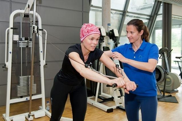 5 phương pháp giảm nhẹ tác dụng phụ của hóa trị ung thư - 1