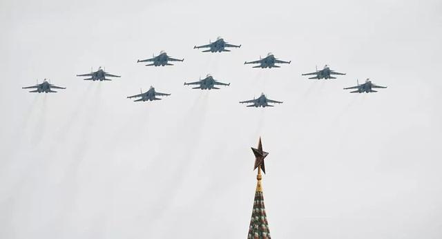 """Dàn máy bay """"khủng"""" sẽ bay qua bầu trời Nga mừng Ngày Chiến thắng - 1"""