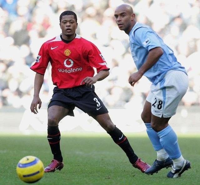 C.Ronaldo từng choảng nhau với Van Nistelrooy, HLV Ferguson phải hủy tập - 3
