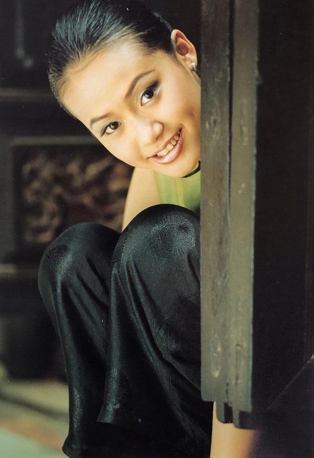 Loạt ảnh tuổi 20 chưa từng công bố của diễn viên Hồng Ánh - 15