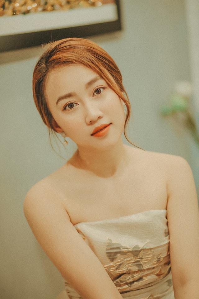 """Huỳnh Hồng Loan: """"Tôi giữ gìn và trân quý tình bạn cùng Tiến Linh"""" - 6"""