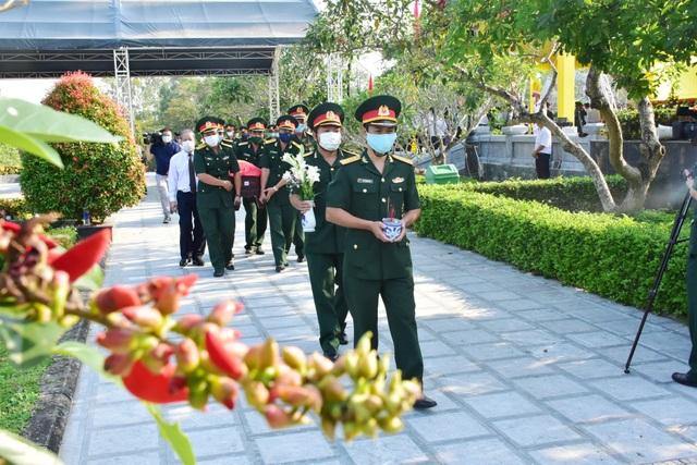 Quy tập 31 hài cốt liệt sĩ quân tình nguyện Việt Nam hy sinh tại Lào - 3
