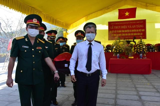 Quy tập 31 hài cốt liệt sĩ quân tình nguyện Việt Nam hy sinh tại Lào - 2