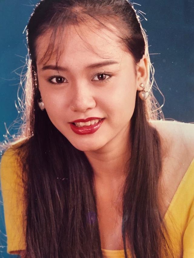 Loạt ảnh tuổi 20 chưa từng công bố của diễn viên Hồng Ánh - 3
