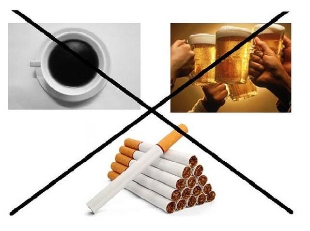 Những thực phẩm bệnh nhân ung thư dạ dày nên kiêng - 1