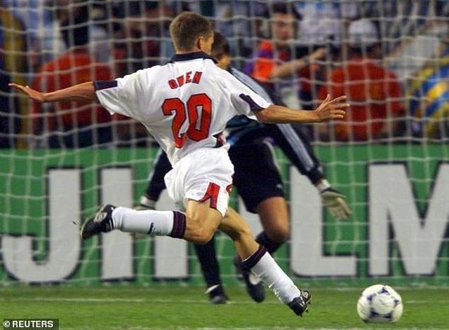 Aguero tiết lộ đến Premier League vì thần tượng Owen - 2