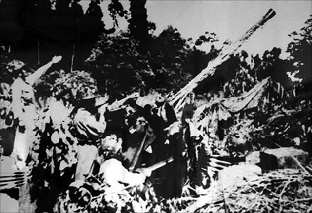 Pháo cao xạ dệt lưới lửa ngăn máy bay địch ở Điện Biên Phủ - 3