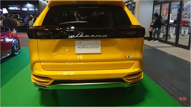 Độ xe Toyota thành Lamborghini Urus - 9