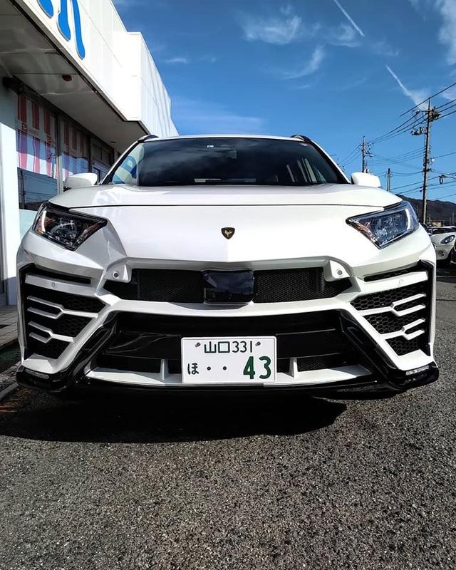 Độ xe Toyota thành Lamborghini Urus - 3