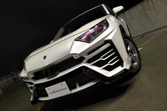 Độ xe Toyota thành Lamborghini Urus - 4