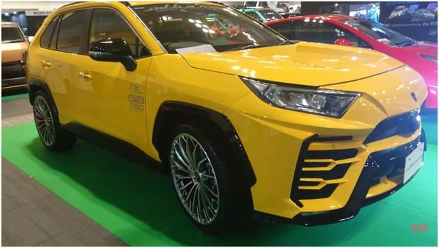 Độ xe Toyota thành Lamborghini Urus - 6