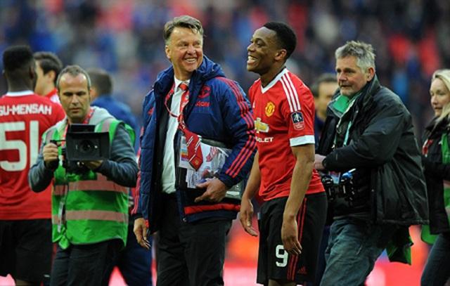 """Martial chứng tỏ xứng đáng với """"số 9"""" của Man Utd - 1"""