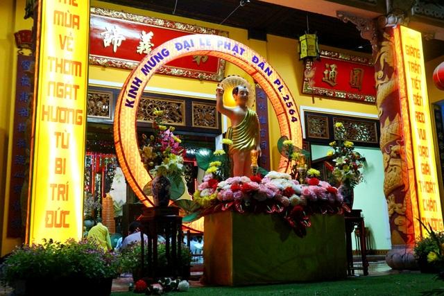 Lễ Phật Đản vắng lặng giữa mùa dịch Covid-19 - 1