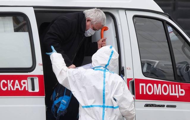 Nga tăng kỷ lục hơn 11.000 ca Covid-19 trong một ngày - 1