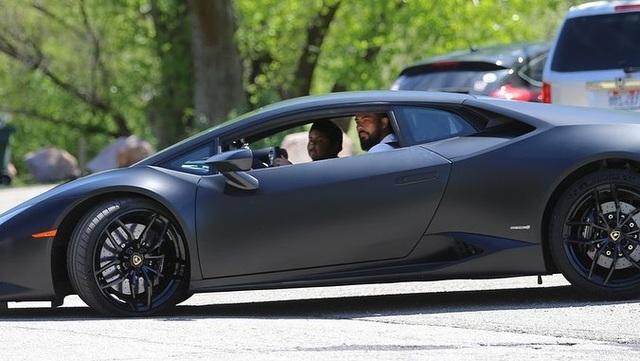 Đoạn kết bất ngờ cho cậu bé 5 tuổi tự lái ô tô đi mua xe Lamborghini - 4
