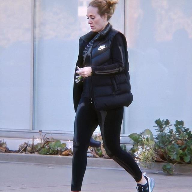 Giảm 45kg, Adele sở hữu thân hình nóng bỏng - 10