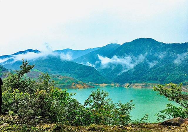 Lên Sơn La săn mây, tắm khoáng, ngắm ruộng bậc thang mùa nước đổ - 8