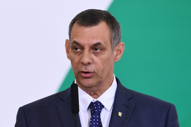 Spokesman for President of Brazil infected with corona virus - 1