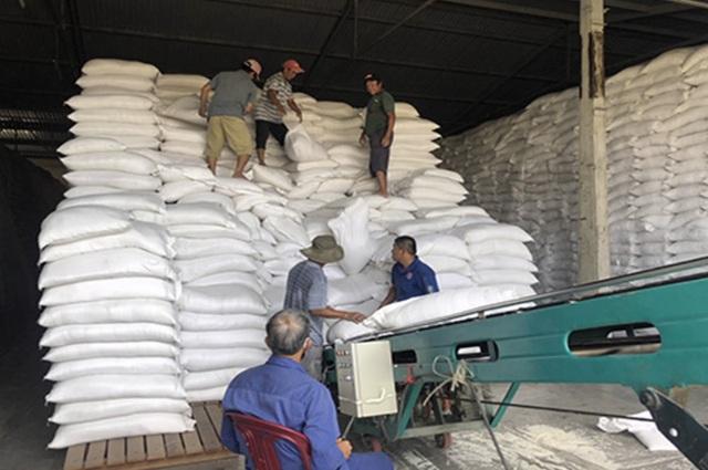 Nhà nước phải bỏ thêm từ 200 đến 270 tỷ đồng để mua lại gạo dự trữ - 1