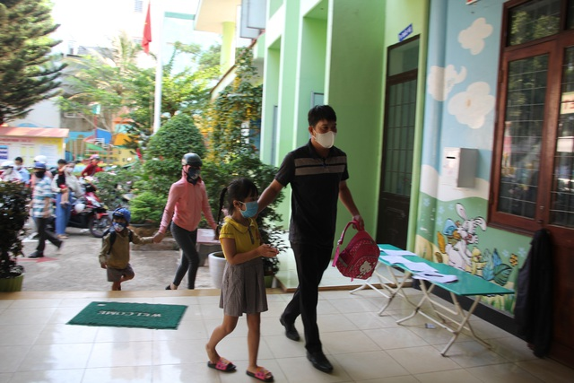 Đắk Lắk: Học sinh vắng nhiều sau đợt nghỉ dài phòng, chống dịch Covid-19 - 2